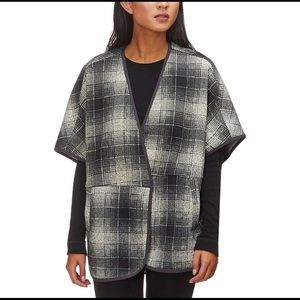 The North Face Crescent Poncho Women's Medium